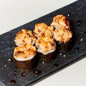 Запеченный ролл Сырный с угрем и лососем
